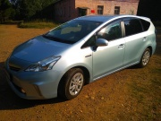 Toyota Prius a 1.3 MT 2011