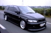 Mitsubishi Space Wagon 2.4 GDi MT 1999