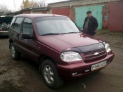 Chevrolet Niva 1.7 MT 2004