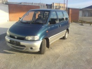 Nissan Serena 1.6 AT 1999