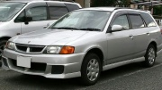 Nissan Wingroad 1.5 AT 2001