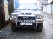 Toyota Hilux 2.4 D AT AWD 1990