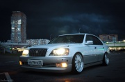 Toyota Crown Majesta 4.0 AT 2000